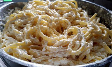 מקרונים עם גבינה