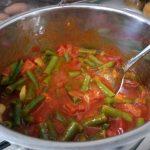 שעועית ברוטב עגבניות ונענע