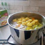 מרק ירקות עם קניידלך